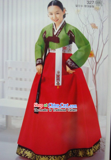 Korean Classic 100% Handmade Korean Hanbok for Woman (green)