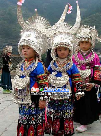 Chinese Traditional Miao Minority Costumes, Helmet and Necklace Complete Set for Children