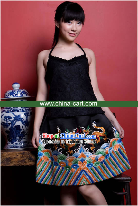Supreme Chinese Traditional Mandarin Hand Embroidered Dragons Silk Cheongsam (Qipao)