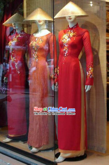 Vietnamese Traditional Red Long Qipao and Bamboo Hat