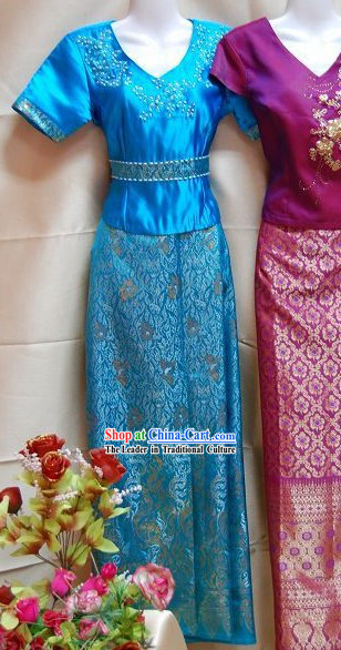 Traditional Thai Red National Costume Complete Set
