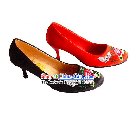 Chinese Classical Handmade and Embroidered Butterfly Love Flower High Heel Wedding Shoes _red_