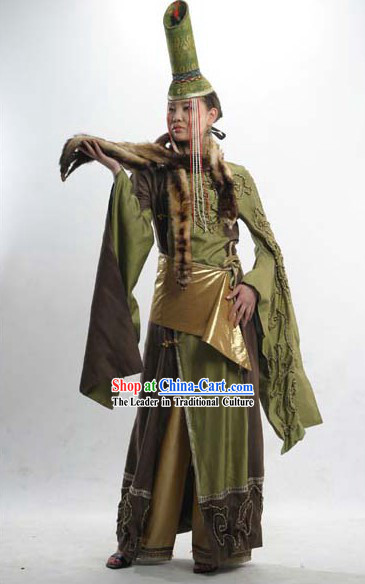China Minority Classical Clothing and Hat Complete Set