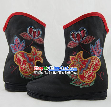 Traditional Chinese Mandarin Boots