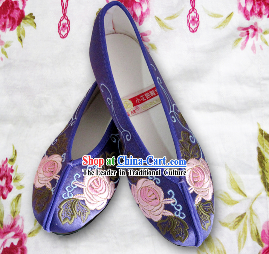 Chinese Purple Flower Embroidery Shoes