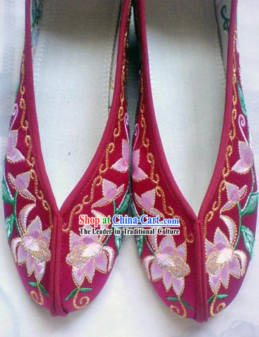 Chinese Dark Red Embroidery Shoes for Women