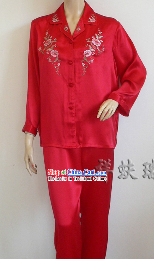 Beijing Rui Fu Xiang Silk Wedding Pajama for Bride