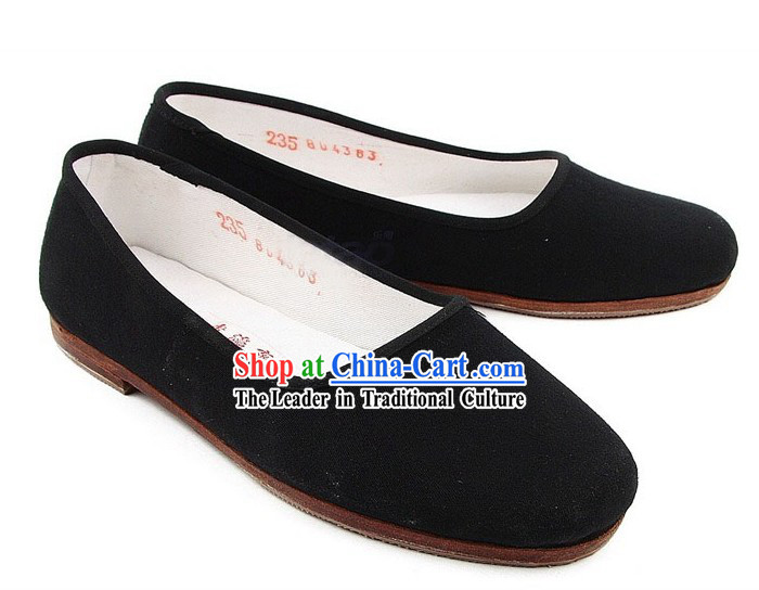 Chinese Classic Handmade Bu Ying Zhai Black Cloth Shoes for Women