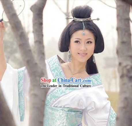Chinese Han Dynasty Period Costume Wang Zhaojun Beauty White Costumes for Women