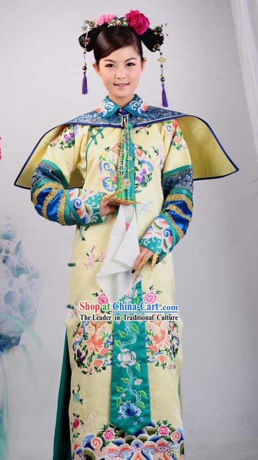 Qing Dynasty Imperial Princess Embroidered Clothing Complete Set for Women