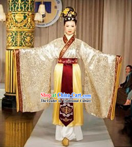 Traditional Chinese Women Costumes Complete Set