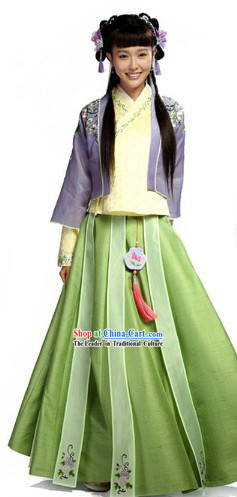 Ancient Chinese Lovely Lady Clothing Complete Set