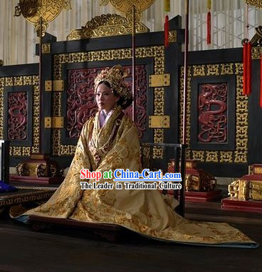 The Assassins Golden Han Empress Clothing and Hat Full Set