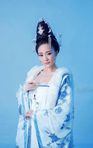 Ancient Chinese Princess Costumes and Umbrella Complete Set