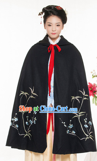 Traditional Chinese Women's Mantle Clothing