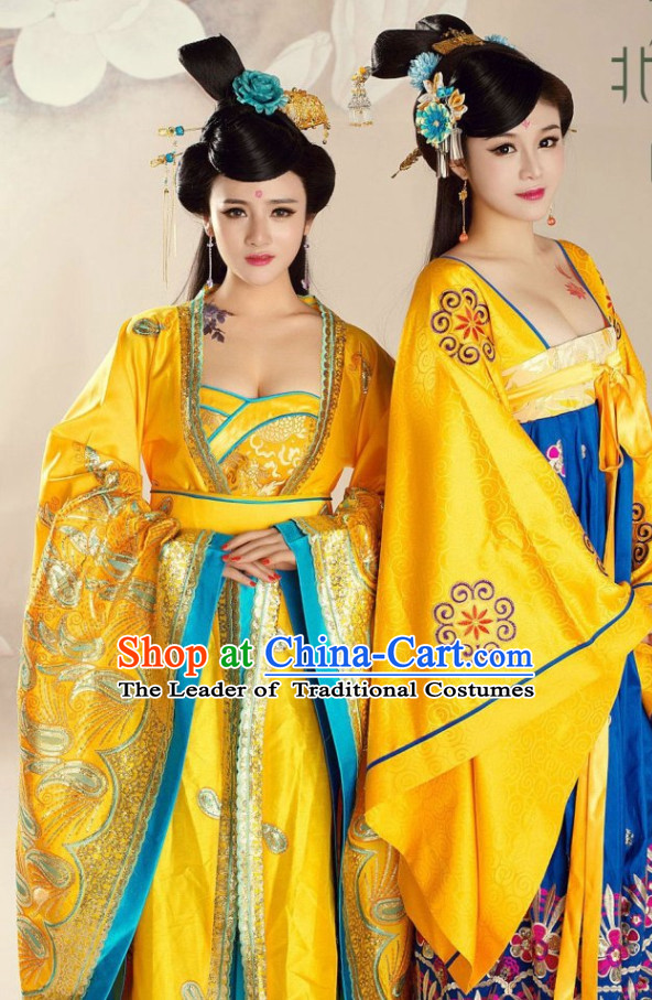 Tang Dynasty Empress Costumes and Hair Accessories