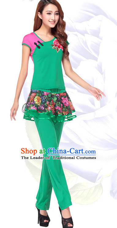 Green Chinese Festival Parade and Stage Dance Costume Wholesale Clothing Group Dance Costumes Dancewear Supply for Women