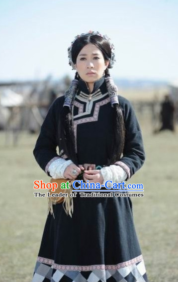 Yuan Dynasty Empress Costumes Dresses Clothing Clothes Garment Outfits Suits Complete Set for Women