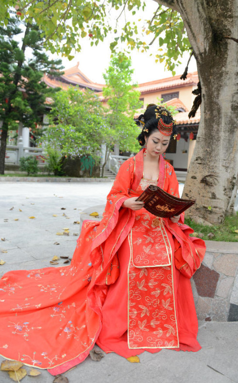 China Red Wedding Dress Asian Costumes Asian Fashion Chinese Fashion Asian Fashion online