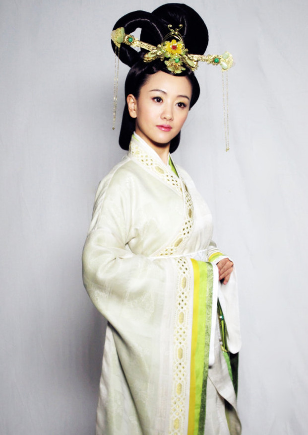 Chinese Classical Empress Clothing and Headpieces Complete Set