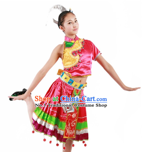 Custom Made Chinese Ethnic Team Dance Costumes for Teenagers