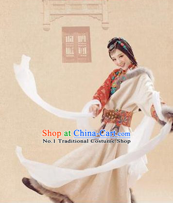 Asian Fashion Wholesale Tibetan Princess Clothing and Hair Accessories Complete Set for Women