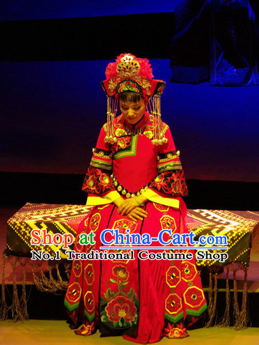 Chinese Traditional Dresses Theatrical Costumes Ancient Chinese Clothing Wedding Dress and Hair Decorations