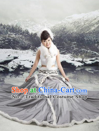 Traditional Chinese Mongolian Costumes and Hair Accessories Complete Set for Women