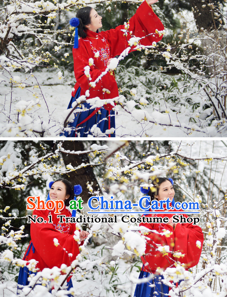 Ancient Chinese Oriental Winter Noblewoman Clothes and Hair Accessories Complete Set