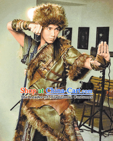 Chinese Ancient Kung Fu Master Costume and Hat for Men