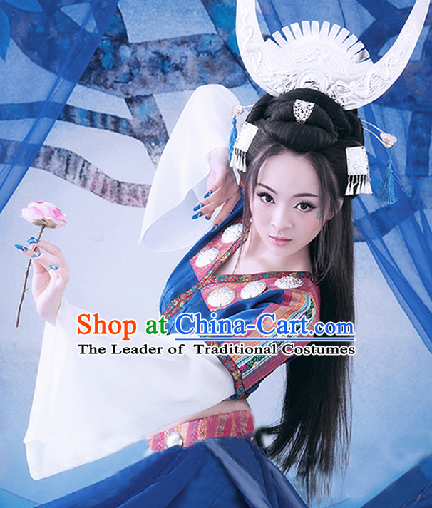 China Miao Tribe Clothing and Hair Jewelry Complete Set for Women.