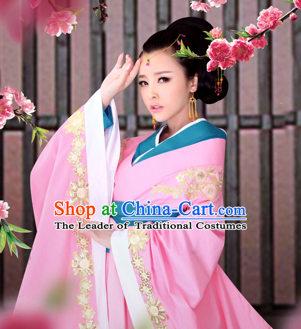 Romantic Pink Hanfu Outfits and Hair Accessories for Women