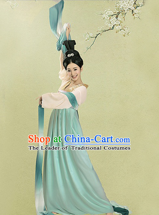 Tang Dynasty Female Dancer Outfits and Long Dance Ribbons