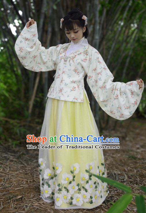 Ancient Chinese Song Dynasty Clothing and Hair Accessories Complete Set for Women