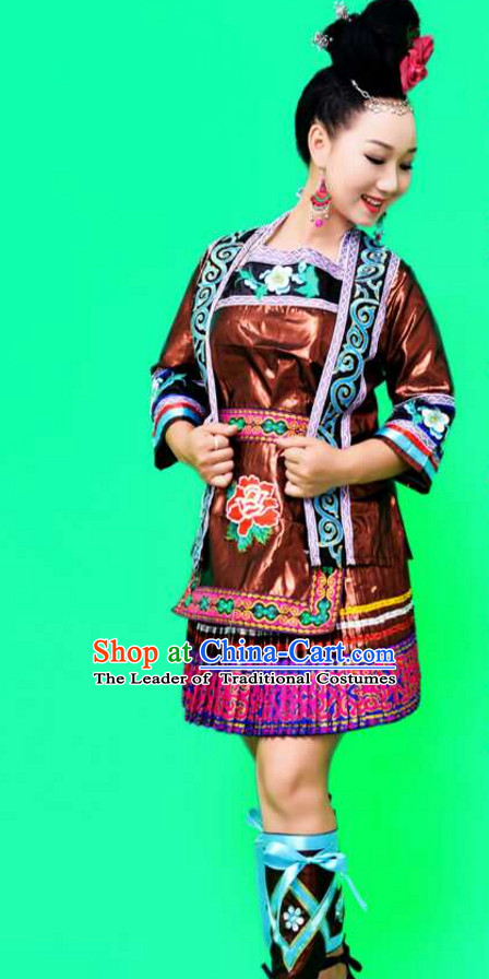 Traditional Chinese Tu Ethnic Clothing and Silver Hat Complete Set for Women