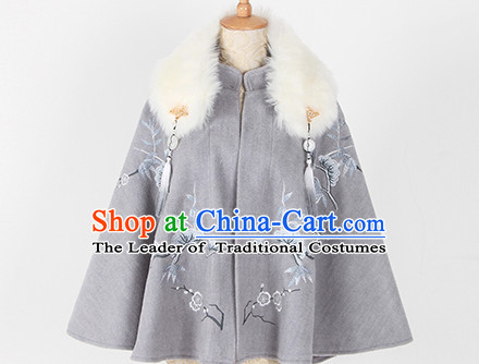 Ancient Chinese Winter Thick Mantle Cape for Women