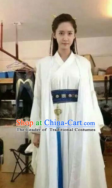 Pure White Chinese Traditional Hanfu Clothing and Hair Accessories Complete Set for Women