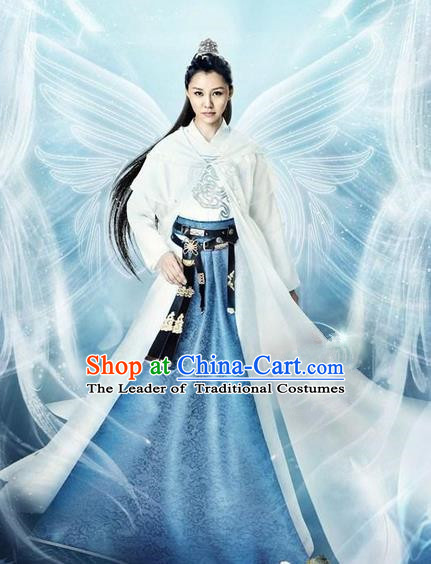 Traditional Chinese Ancient Female Costumes Swordswoman Costume, Chinese Han Dynasty Imperial Princess Embroidery Clothes and Hair Accessories Complete Set for Women