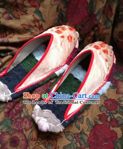 Asian Chinese National Wedding Pink Embroidered Slippers, Traditional China Princess Handmade Shoes Hanfu Shoe for Women