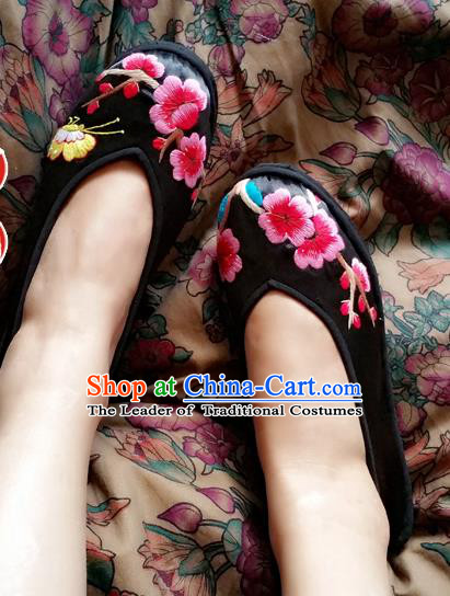 Asian Chinese National Black Embroidered Shoes, Traditional China Princess Handmade Shoes Hanfu Embroidery Wintersweet Shoe for Women