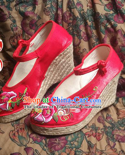 Asian Chinese National Wedding Red Embroidered Shoes, Traditional China Handmade Shoes Hanfu Embroidery Phoenix Peony Wedge Heel Shoes for Women