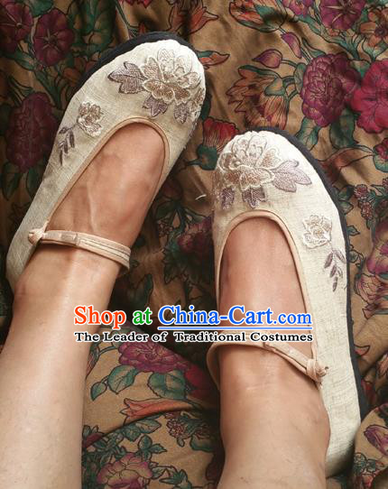 Asian Chinese National Martial Arts Beige Shoes Handmade Embroidered Shoes, Traditional China Princess Shoes Hanfu Shoe for Women