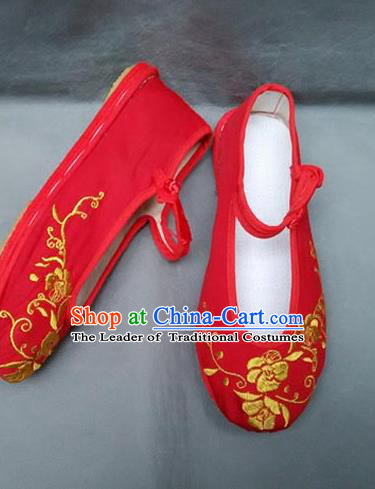 Traditional Chinese National Embroidered Shoes Handmade Red Wedding Shoes, China Hanfu Embroidery Flowers Shoes for Women