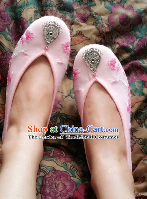 Traditional Chinese National Embroidered Shoes Handmade Bride Pink Satin Shoes, China Hanfu Embroidery Flowers Wedding Shoes for Women