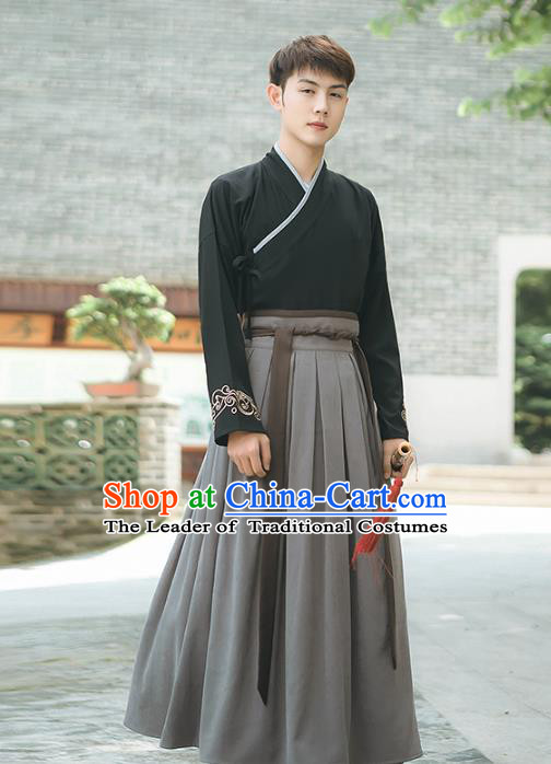 Asian China Han Dynasty Swordsman Embroidered Costume, Traditional Ancient Chinese Elegant Hanfu Black Clothing for Men