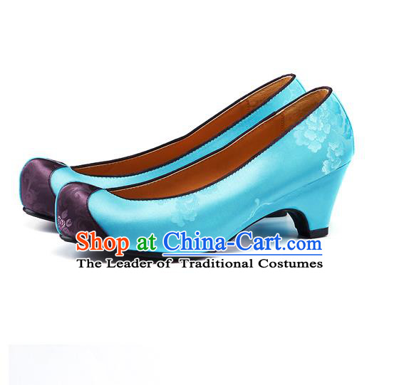 Traditional Korean National Wedding Embroidered Blue Shoes, Asian Korean Hanbok Bride Embroidery Satin Shoes for Women
