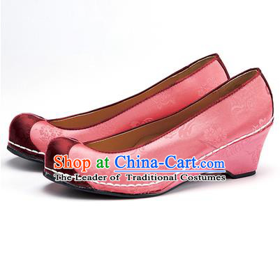 Traditional Korean National Wedding Embroidered Shoes, Asian Korean Hanbok Bride Embroidery Pink Satin Shoes for Women