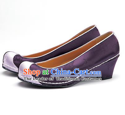 Traditional Korean National Wedding Embroidered Shoes, Asian Korean Hanbok Bride Embroidery Purple Satin Shoes for Women