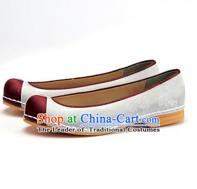 Traditional Korean National Wedding Shoes White Embroidered Shoes, Asian Korean Hanbok Flat Shoes for Women