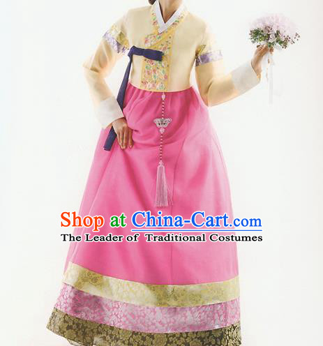 Korean National Handmade Formal Occasions Wedding Bride Clothing Embroidered Yellow Blouse and Pink Dress Palace Hanbok Costume for Women